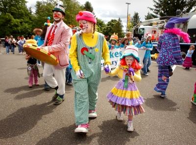 clowns-tonibaily-theolympian.jpg